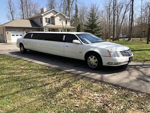 2007 Cadillac DTS Stretched Limousine