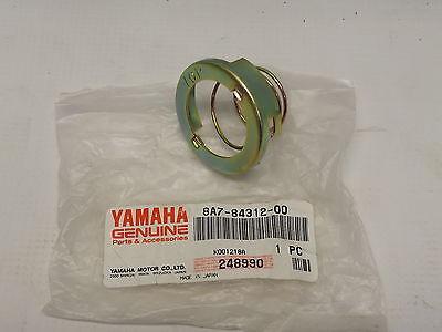 NOS YAMAHA 8A7-84312-00-00 SOCKET HOLDER SRX340 SRX440 BR250 SR540