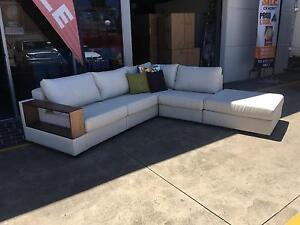 Luxurious timber arm corner lounge Vineyard Hawkesbury Area Preview
