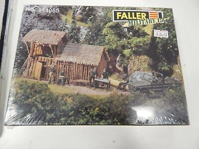 HO scale model by FALLER 144065 Military Set