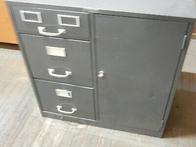 Vintage Modern Steelcraft New York Ny Filing Cabinet With Safe