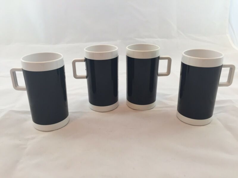 Set Of 4 Branniff Airlines Coffee Mugs Vintage