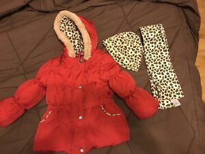 Girls winter coat, tuque and scarf