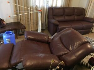 Leather couch and recliner high quality barely used