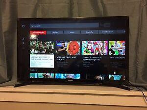 "New 32"" Samsung Smart LED TV"