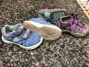 Size 9 toddler new like condition shoes - sketchers