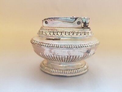 Vintage Ronson Queen Anne Silverplated Table Top Lighter
