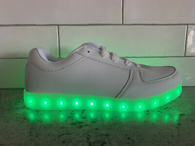 LIGHT UP SPORT SHOES USB CHARGING LED LIGHT LACE UP NEW KIDS SIZE 9C