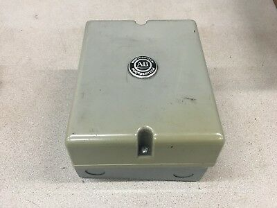 New No Box Allen-bradley Photoswitch Control Base 60-1600b Series B