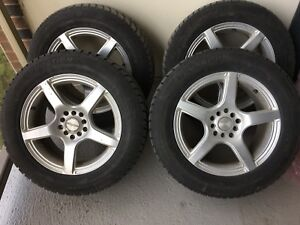 4 Winter tires in perfect shape with rims 215/60 R16 Camry