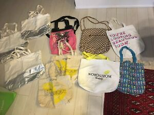 10 beach bags/totes sold as a bundle