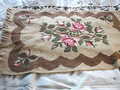 Vintage Rug Hand Hooked Knit ROSES  22x36 Fringe Floral
