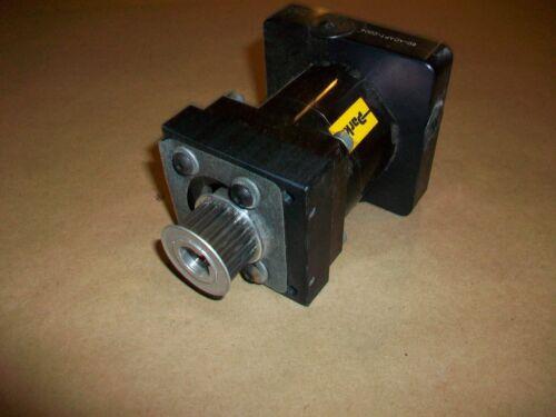 Parker Zenith Gear Reducer Gear Head  UTN-060-008-X009