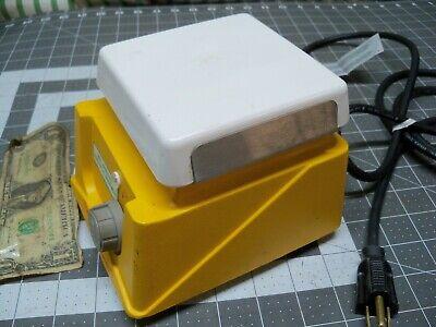 Thermolyne Cimare 1 S46415 Laboratory Stirrer-plate 4 12 Works Good