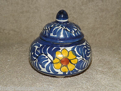 Mexico Talavera Onofre Alajero Redondo Hand Painted Covered Box Jar Bowl