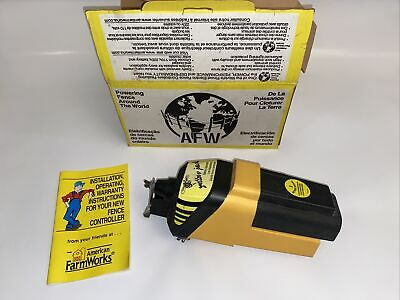 American Farmworks Battery Powered Electric Fence Controller Yj-1