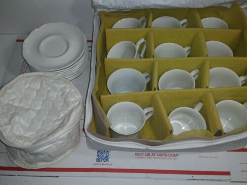 Set of 12 J & G Meakin Sterling Colonial white Ironstone Tea Set England (Read)