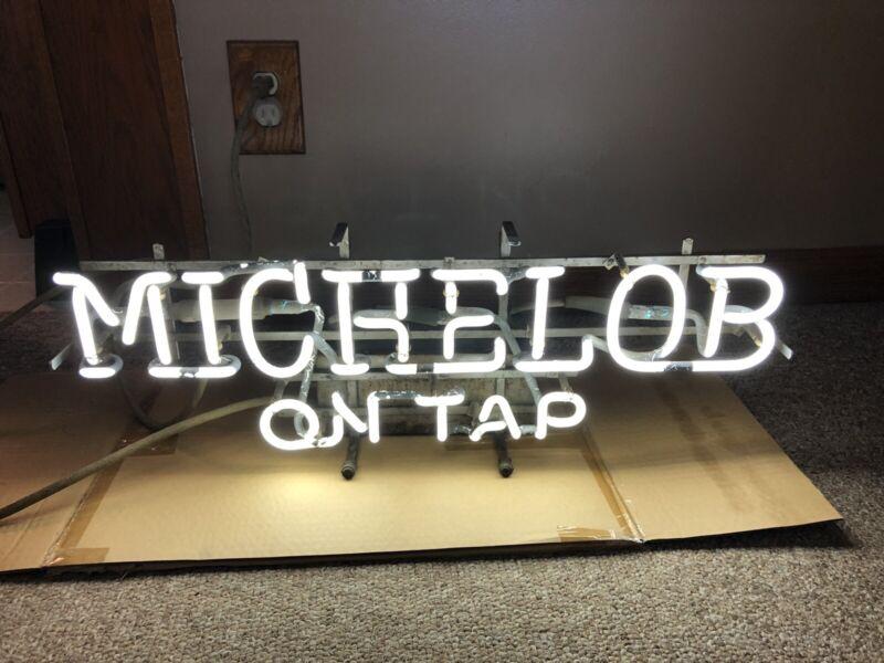 Vtg Michelob On Tap Lighted Neon Beer Light