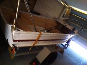 Quick sale lic boat Australind Harvey Area Preview