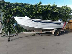2005 Quintrex 420 Widebody Dory - 25hp Yamaha Findon Charles Sturt Area Preview