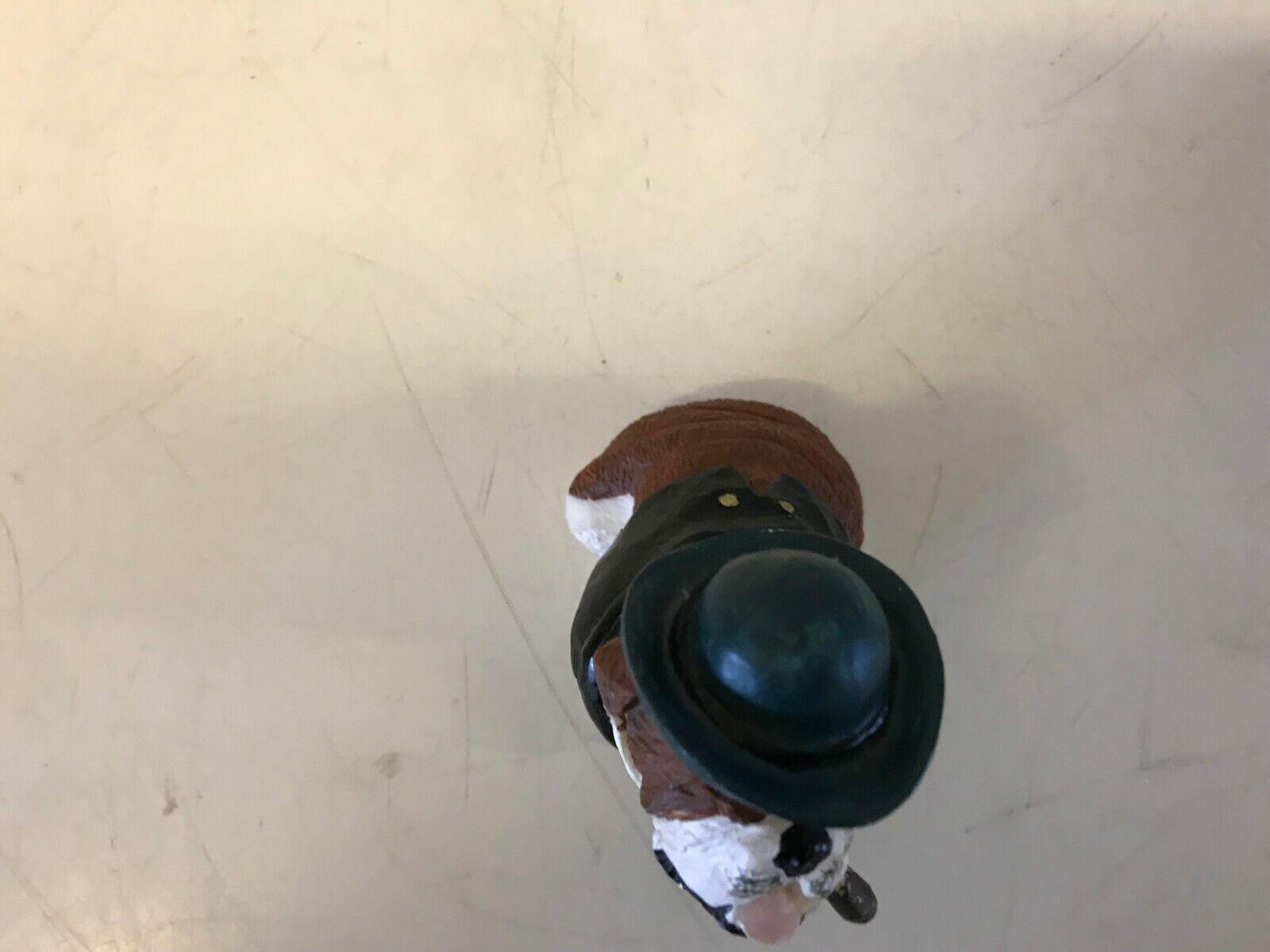 Bulldog anglais figurine carte joueur assis marron & blanc résine