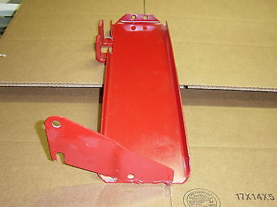 Left hand Battery Tray for International 399048R1 Used