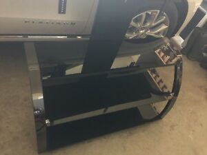 Mint condition glass/chrome tv stand & mount