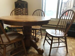 Dining table set (solid oak) - great for cottage!