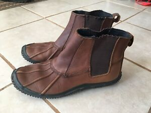 "Men's Leather ""Duckies"""