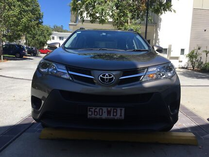 Toyota RAV4 2014 / leaving the  country / excellent conditions