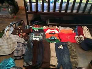 6-12 (mostly 12) month boys clothes