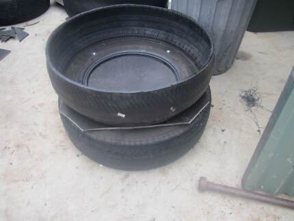 Rubber horse feeders Medowie Port Stephens Area Preview