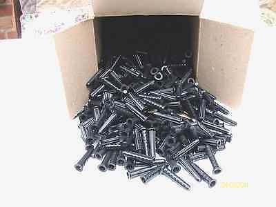Dübel 7mm Kunstoff mit Kragen  1000 Stück und 10 Stck. Mauerbohrer 7 mm dazu.