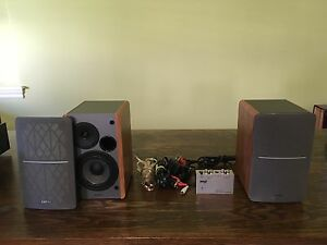 Edifier powered speakers and mini phono amp