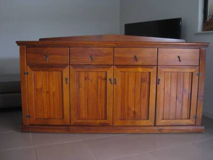 BUFFET SOLID TIMBER