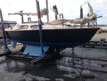 BILGE KEEL YACHT Chain Valley Bay Wyong Area Preview