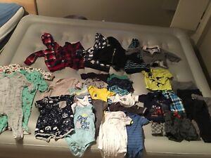 Lot vêtements garçons 12mois
