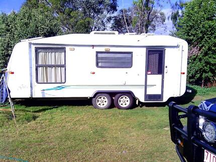 Roadstar Granger, insland bed, Toilet /shower Texas Inverell Area Preview