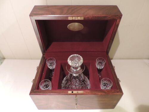 WOODEN BOXED TIFFANY & CO CRYSTAL DECANTER & CORDIAL SET, TRACER EXEC CHALL 1990