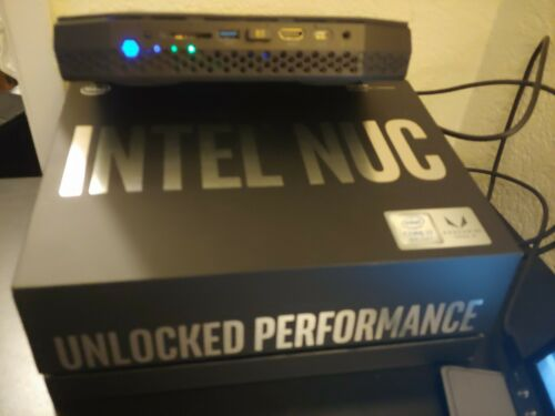 nuc 8 vr nuc8i7hvk gaming mini pc