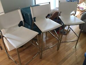 3 Counter Height Stools