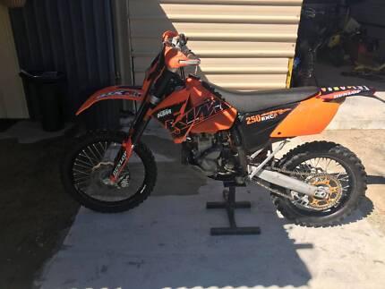 ktm 250 exc f 2007 motorbike