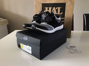 SNS x Social Status Adidas Ultra Boost US9.5 DEADSTOCK!! Queens Park Canning Area Preview