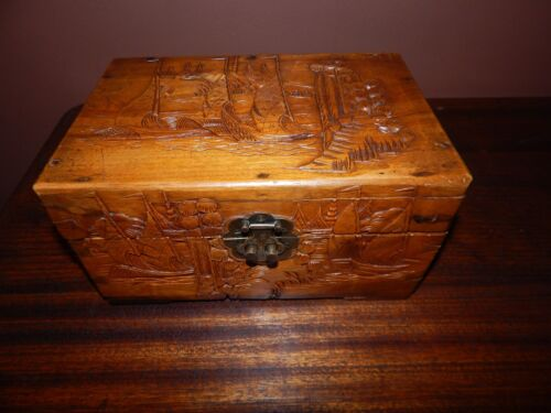 Japanese Hand Carved Wood Box, Intricate Carved Antique: Circa 1940. Superb Cond