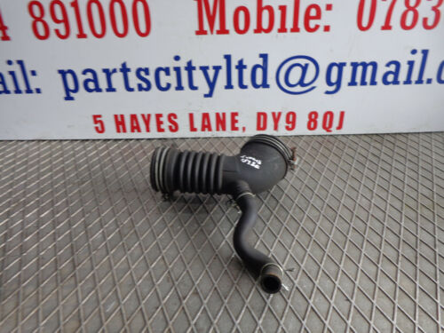 LEXUS IS 220D 2.2 DIESEL 6 SPEED MANUAL 2008  AIR FILTER INTAKE DUCT HOSE PIPE