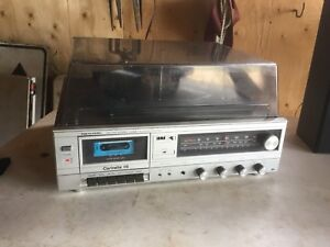 Realistic,112 Stereo AM-FM Radio,Tape Deck ,Record Player
