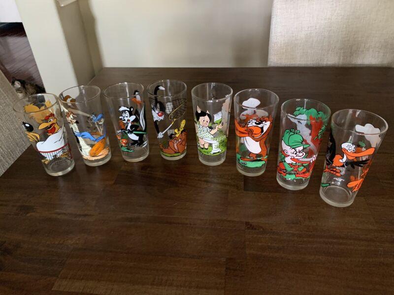 Lot of 8 Looney Tunes 1976 Pepsi Collector Series Glasses Warner Bros