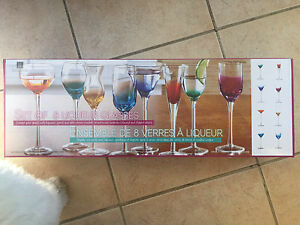 Set of 8 liqueur glasses