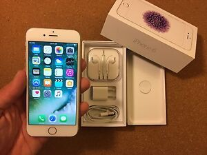 MINT iPhone 6 16Gb Silver - Rogers - 10/10 Condition