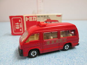 AUTOMODELLINO TOMY JAPAN TOMICA N° 119 1/66 TOYOTA HIACE FIRE CHIEF CAR - Italia - AUTOMODELLINO TOMY JAPAN TOMICA N° 119 1/66 TOYOTA HIACE FIRE CHIEF CAR - Italia